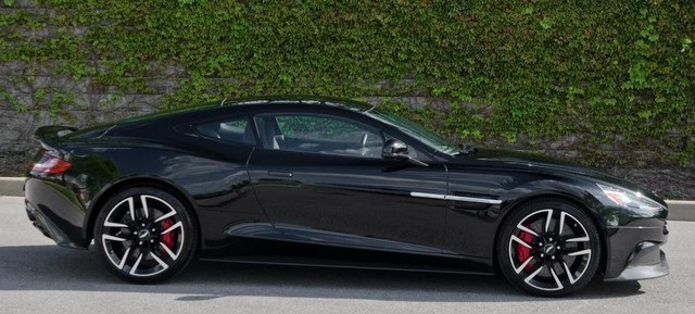 Pre-Owned 2017 Aston Martin Vanquish