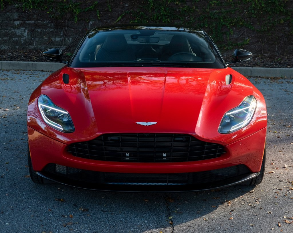 New 2020 Aston Martin DB11 V8