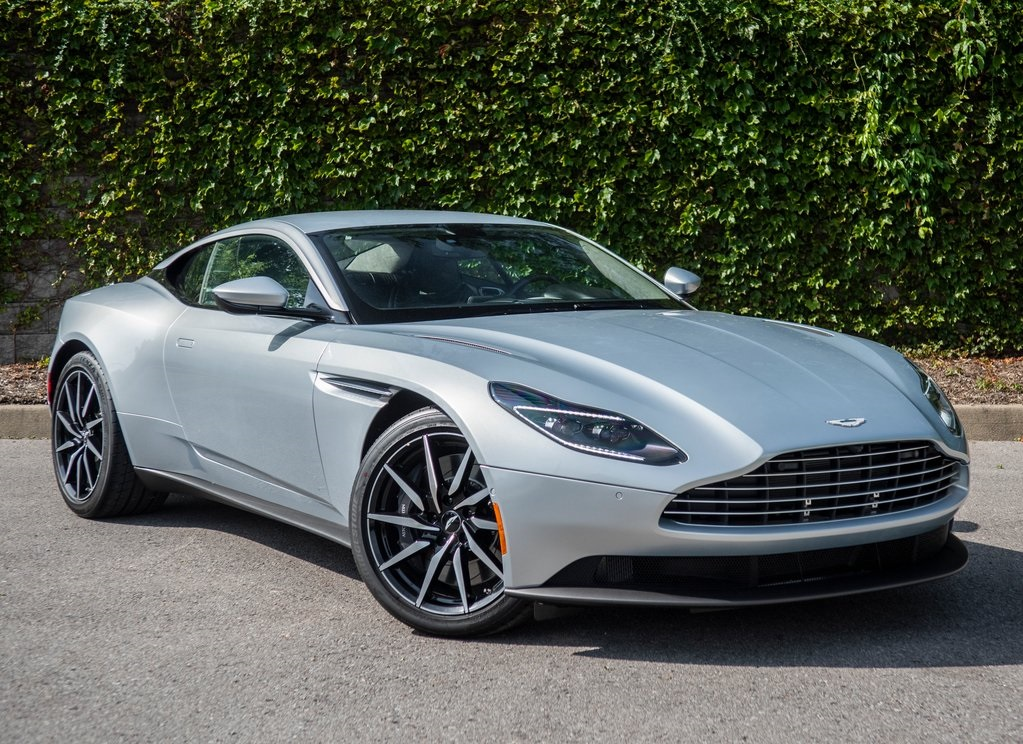 New 2019 Aston Martin DB11 V8